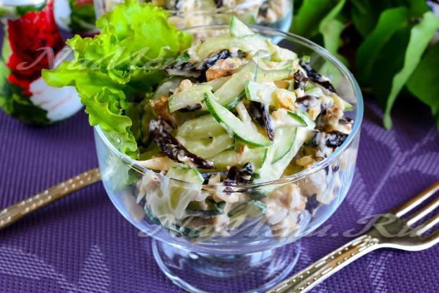 Овощные салаты рецепты с фото простые и вкусные: с черносливом и свежим огурцом