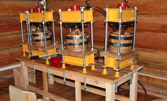 Деревянный пресс для масла холодного отжима