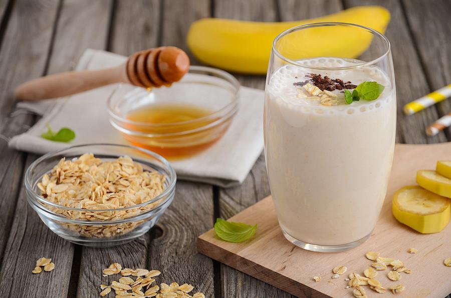 смузи с бананом и молоком для похудения и очищения организма