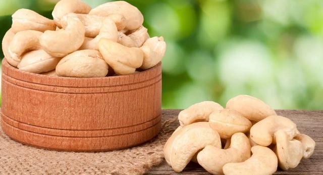 Калорийность орехов кешью