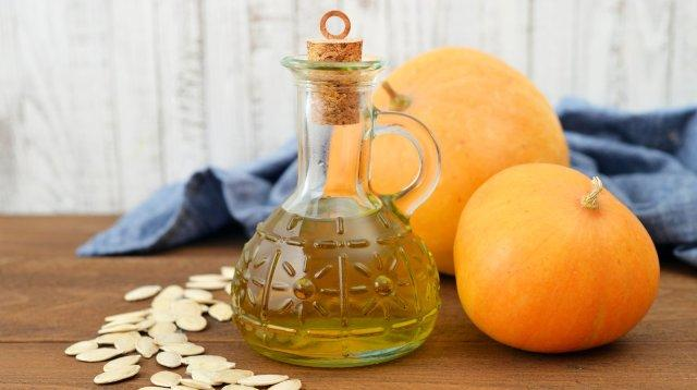 Тыквенное масло: польза и вред, как принимать.Как хранить тыквенное масло