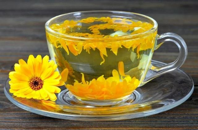 Лечебные свойства календулы и противопоказания: Чай