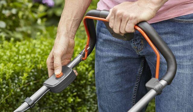 Блокировка включения электрической газонокосилки