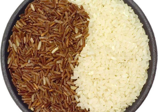 Какой рис полезнее: бурый или белый