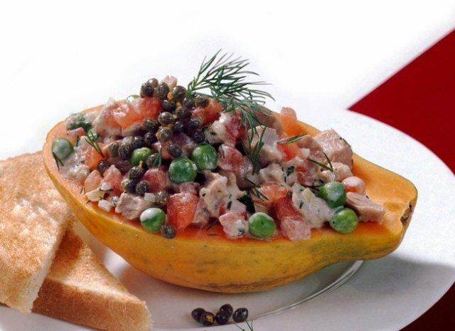 Фрукт папайя: полезные свойства и вред