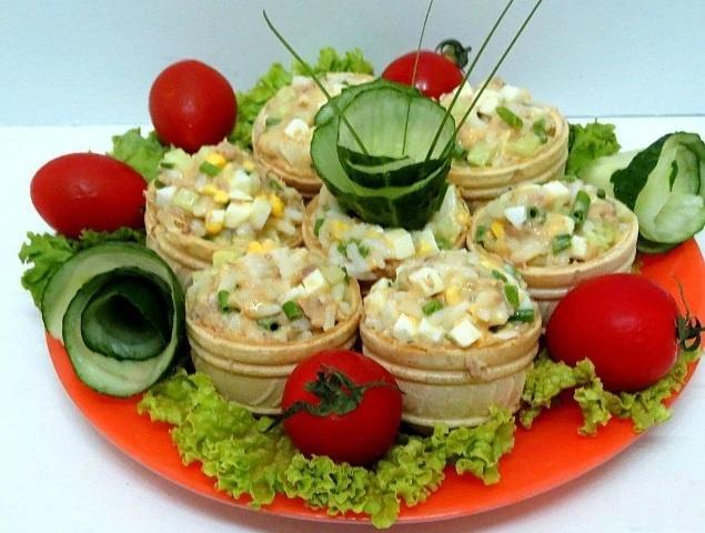 Начинка с тунцом для тарталетки на праздничный стол