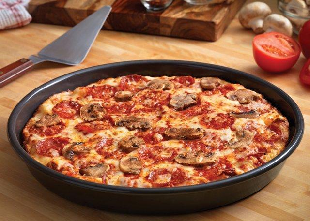 Пицца в домашних условиях: рецепты на сковороде.