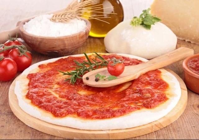 Пицца в домашних условиях: рецепты теста