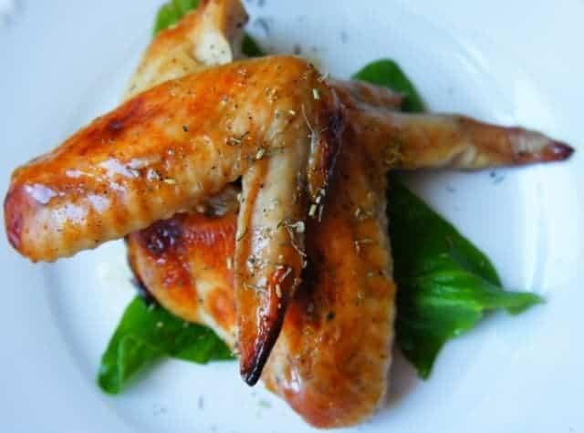 Куриные крылышки в горчично-медовом соусе в духовке