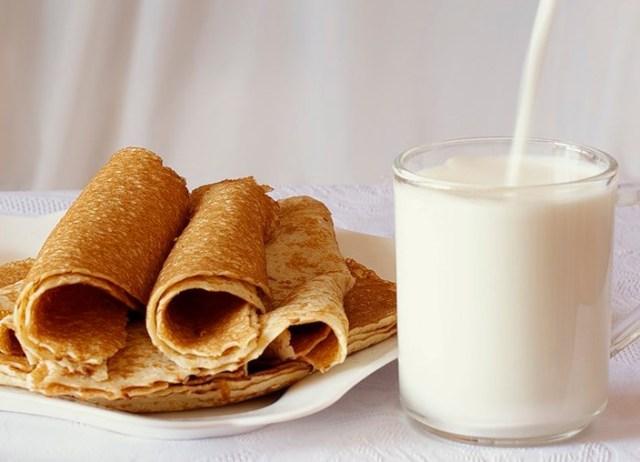 Рецепт вкусных с дырочками на молоке