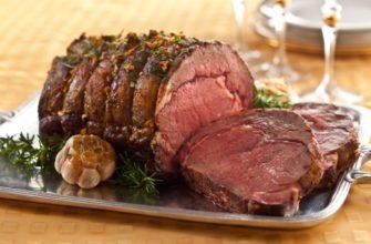 Как вкусно замариновать мясо для запекания в духовке