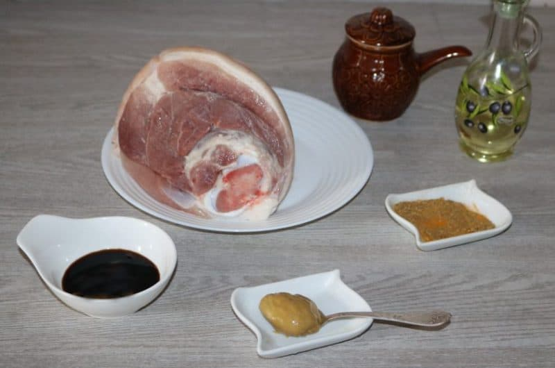 Как приготовить маринад для свиной рульки